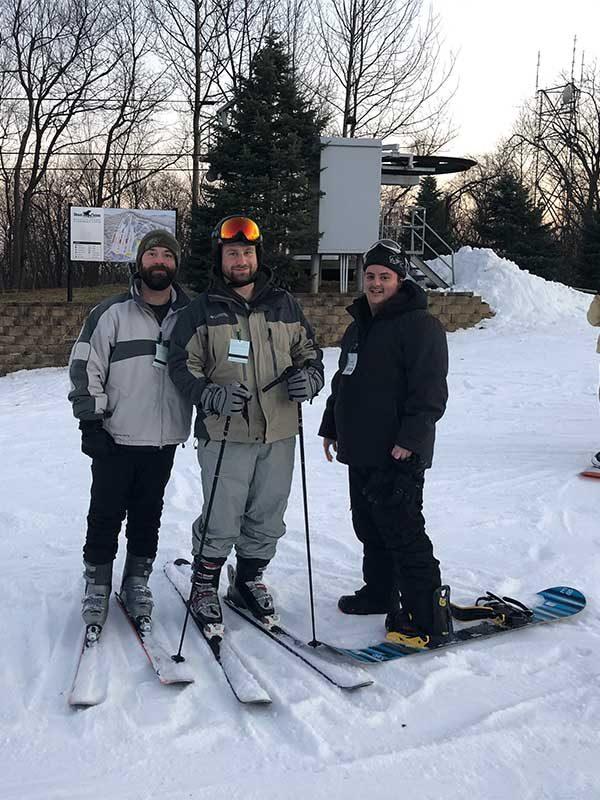 guys relax before skiing